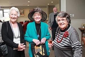 friends-spending-time-together-min-aspiring-lifestyle-retirement-village-wanaka-new-zealand-min-min