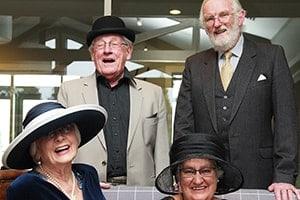 socialsing-with-friends-during-retirement-min-aspiring-lifestyle-retirement-village-wanaka-new-zealand-min-min