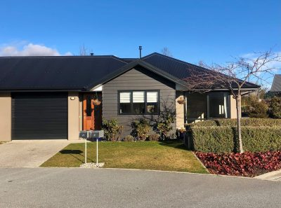 Sunny Duplex Villa with Mountain Views